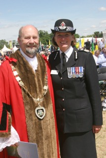 Mayor of Runnymede Derek Cotty  and Chief Constable Lynne Owens support Freedom and the Rule of Law